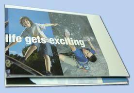 Рис. 1. Результат процесса каширования: мелованная бумага с отпечатанным изображением приклеена к картону