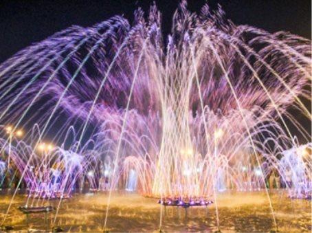 В Андижане построен один из самых больших в стране светомузыкальных фонтанов