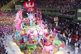 http://upload.wikimedia.org/wikipedia/commons/7/78/Samba_school_parades_2004.jpg