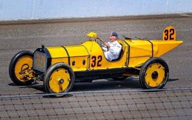Победитель первой гонки «Инди-500»— Marmon Model 32