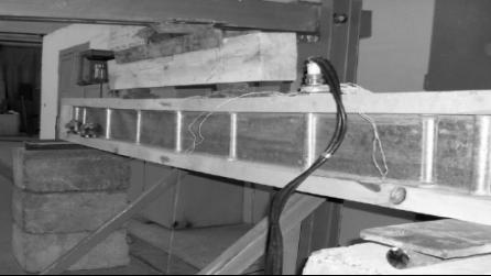 Опытный образец металлодеревянной двутавровой балки