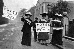 Женщины борются за получение избирательного права. XIX век. Источник: postnauka.ru