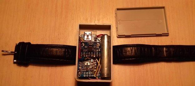 Разработанный эксперементального образца устройства для регистрации двигательной активности человека