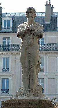 https://upload.wikimedia.org/wikipedia/commons/thumb/4/41/Statue_Michel_Servet_Paris.jpg/200px-Statue_Michel_Servet_Paris.jpg