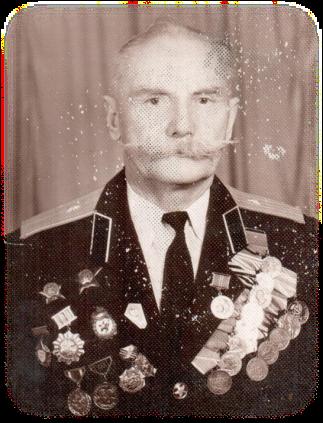 Карпов Пётр Григорьевич (01 июня 1918 г. — 01 июня 1990 г.), учитель физкультуры, начальной военной подготовки (1952–1990гг.)